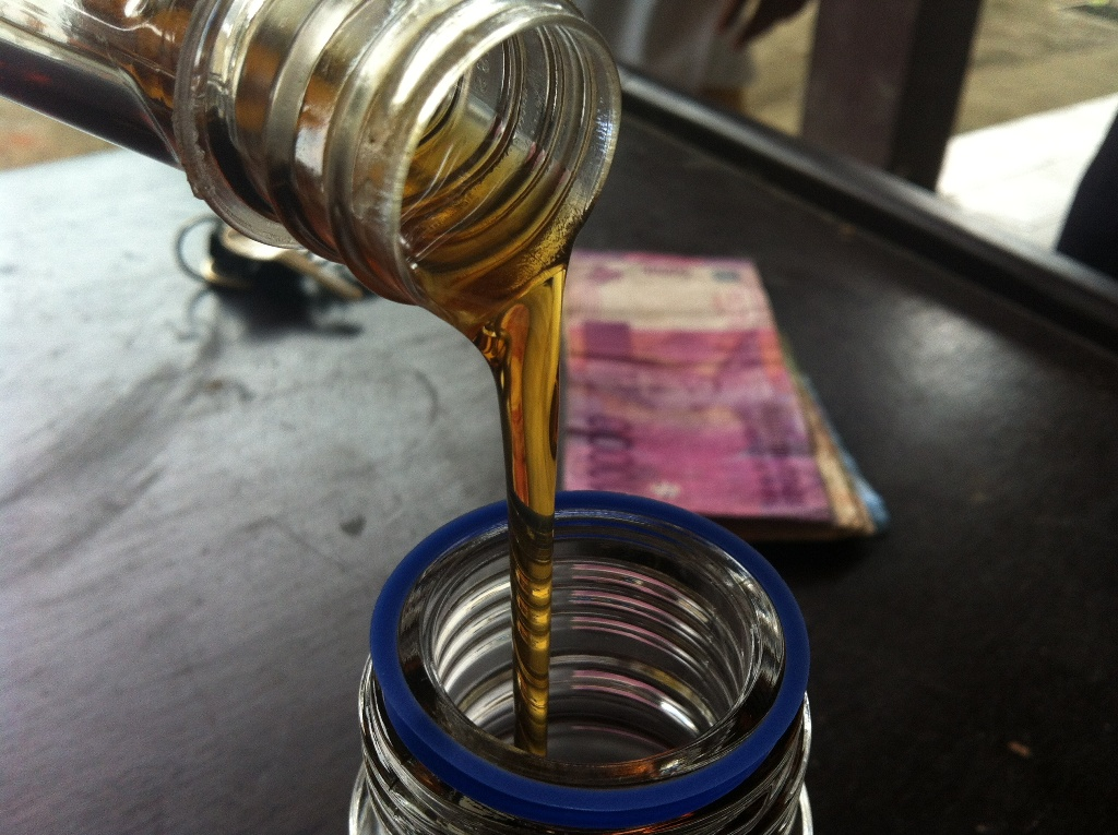 Agarwood Oil Kalimantan
